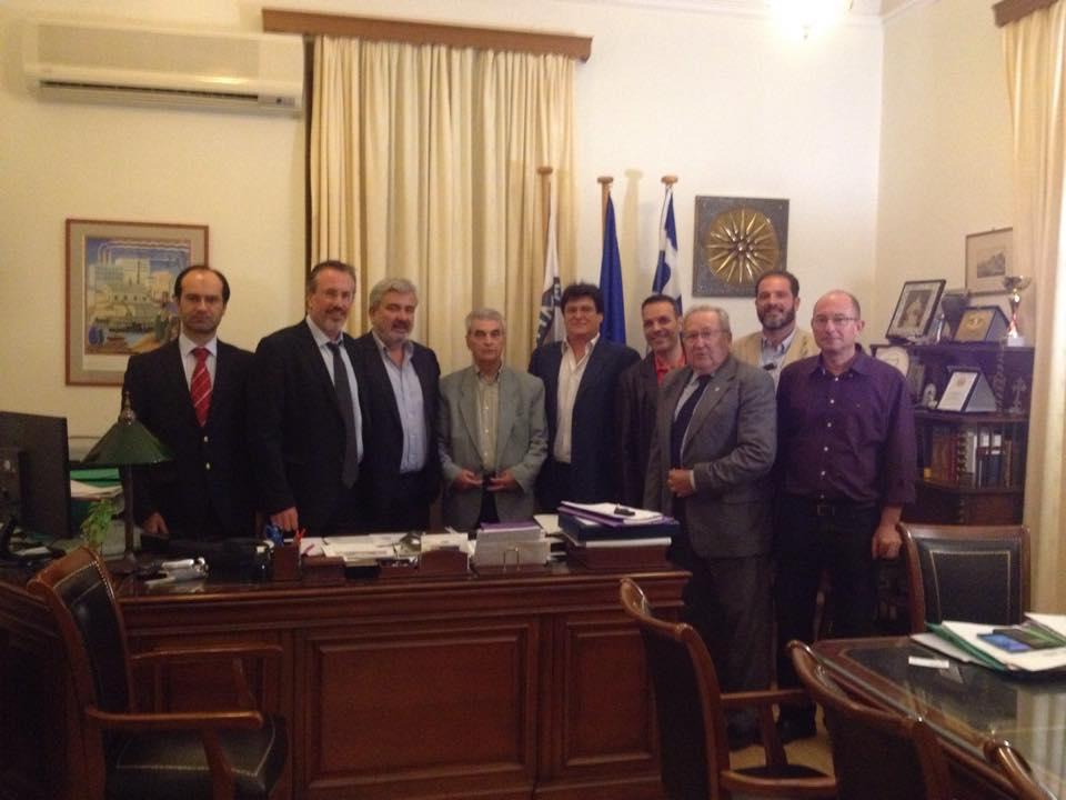 Από αριστερά διακρίνονται Γ.Μιχαήλ, Θ.Μπριάνης, Δ. Λουκάς Δήμαρχος Λαυρεωτικής, Ε.Θεοδοσόπουλος, Λ.Ρίζος, Δ. Πετεινάρας, Αθ.Καρκάνης και Δ. Μπριάνης.